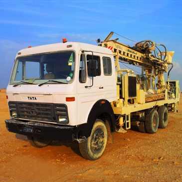 Truck Mounted Drilling Rig 4